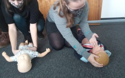 Preparátoři se učí první pomoc